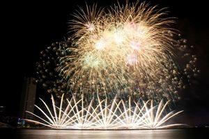 Đà Nẵng niêm yết giá dịch vụ giữ xe dịp lễ hội pháo hoa