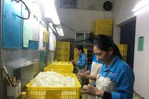 LĐLĐ quận Long Biên: Biểu dương 31 Công nhân giỏi cấp quận