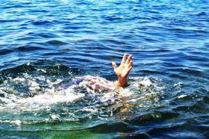 Rủ nhau đi chơi, 2 bé trai chết đuổi ở đập nước