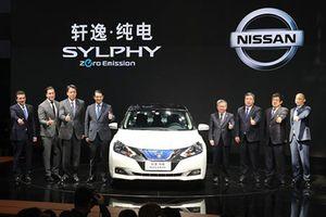 Nissan ra mắt ôtô điện Sylphy với 338 km/lần xạc