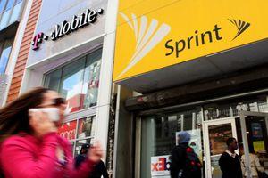 Hai nhà mạng nổi tiếng Sprint và T-Mobile thỏa thuận sáp nhập