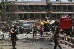 Afghanistan: Bom tự sát kép ở Kabul, 5 nhà báo và 18 dân chết, 27 bị thương
