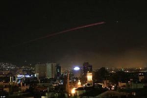 Căn cứ quân sự Syria lại hứng tấn công tên lửa