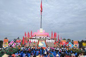 Xúc động lễ thượng cờ thống nhất non sông bên dòng Bến Hải