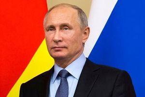Nhìn lại 18 năm cầm quyền của Tổng thống Nga V. Pu-tin