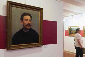 Bảo tàng phát hiện hơn một nửa số bức tranh là giả