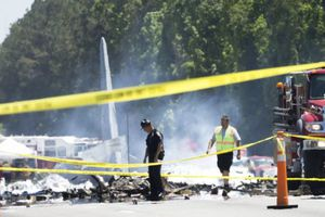Máy bay quân sự Mỹ rơi: Toàn bộ 9 người đã thiệt mạng