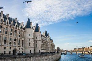 Từ cung điện xa hoa đến nhà ngục khét tiếng châu Âu