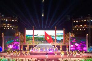 Xúc động, lưu luyến tạm biệt Festival Huế 2018