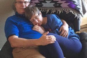 Bức ảnh tình yêu với người vợ mất trí nhớ lay động trái tim