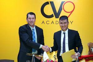 Công Vinh ra mắt học viện bóng đá cộng đồng CV9