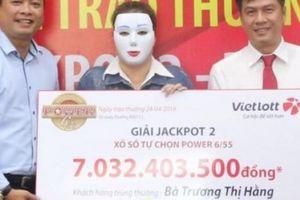 2 cô gái bỗng trở thành tỉ phú Vietlott nhờ jackpot 'khủng'