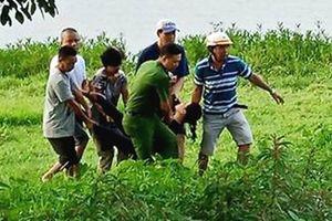 Công an kịp thời cứu người phụ nữ nhảy sông Hương tự vẫn