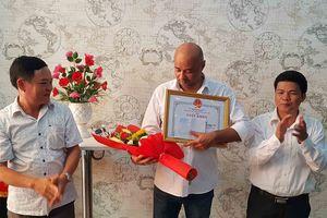 Đà Nẵng: Khen tặng 2 công dân Pháp, Nga cứu 2 cháu bé thoát khỏi hỏa hoạn