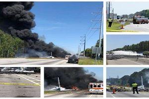 Khoảnh khắc máy bay quân sự Mỹ gặp nạn khiến 9 người tử vong