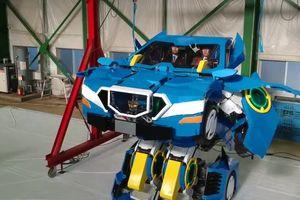 Kinh ngạc ô tô biến hình như trong phim 'Transformers'