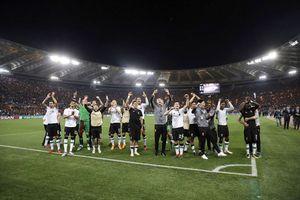 Liverpool đoạt vé vào chung kết sau 11 năm chờ đợi