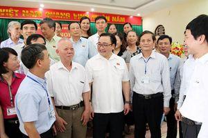 Bí thư Thành ủy Hà Nội Hoàng Trung Hải tiếp xúc cử tri huyện Thạch Thất và Phúc Thọ