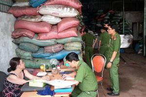 Trộn than pin vào phế phẩm cà phê ở Đắk Nông: Bắt giam 5 nghi can