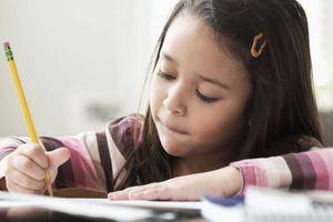 Mách các mẹ 4 cách rèn kỹ năng tự học cho trẻ