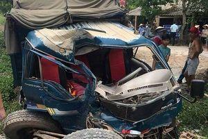 Tàu hỏa va chạm với xe tải, 2 người bị thương nhập viện