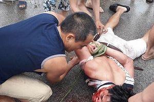 Sự thật về vụ đối tượng bị người dân vây bắt vì nghi bắt cóc trẻ em tại tỉnh Hưng Yên