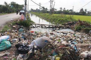 Báo động tình trạng lấn chiếm kênh mương ở Phú Yên