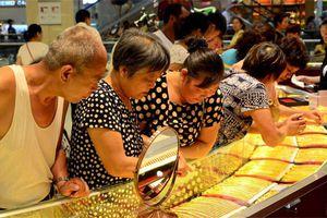 Giá vàng trong nước giảm, nhà đầu tư chủ yếu bán ra