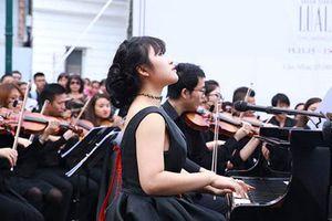 Đem âm nhạc truyền cảm hứng cho cộng đồng