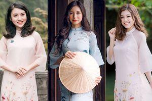 12 nữ sinh đẹp nhất Ngoại giao khoe sắc cố đô Hoa Lư