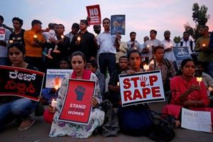 Nóng nhất hôm nay: Ấn Độ bắt 14 người nghi hiếp dâm tập thể, thiêu sống thiếu nữ