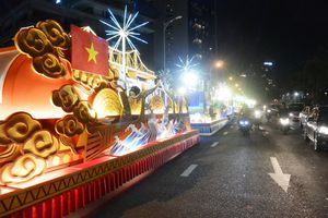 Đà Nẵng: Du khách và người dân tưng bừng hòa mình vào lễ hội carnaval đường phố