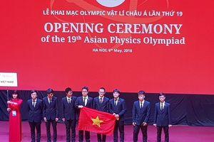 Học sinh 25 nước châu Á đến Việt Nam tham dự olympic vật lý 2018
