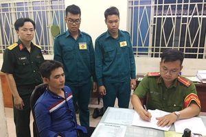 Cán bộ, chiến sĩ Ban CHQS quận Tân Phú dũng cảm bắt cướp