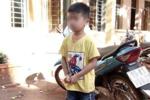 Nghi bắt cóc ở Bình Phước: Thân thế cháu bé bị nhốt
