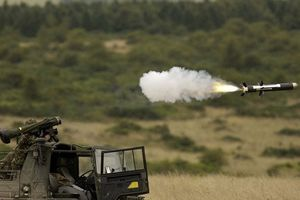 Không được sử dụng Javelin ở Donbass, Ukraine có tên lửa cũng như không