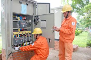 Điện lực TP Hà Nội đóng điện 3 công trình quan trọng
