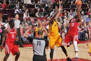 Thiếu vắng trụ cột, Utah Jazz tiếp tục để thua trước Houston Rockets