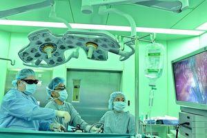 Nội soi 3D cắt bỏ khối u vẫn giữ nguyên được quả thận