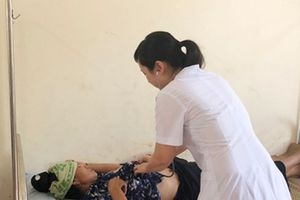 Điều tra vụ hàng trăm người bị ngộ độc ở Sơn La
