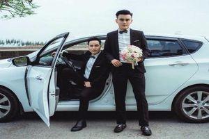 Đám cưới cặp đôi đồng tính nam đẹp xuất sắc như minh tinh điện ảnh