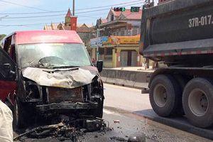 Nghệ An: Va chạm kinh hoàng với xe khách, 2 vợ chồng tử vong