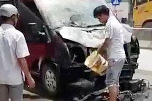 Đi ăn giỗ, hai vợ chồng bị xe khách tông chết thảm