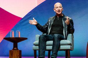 Làm thế nào để ăn mặc giống các CEO công nghệ với chỉ gần 200 USD?