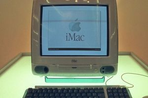 20 năm trước, Apple đã ra mắt thiết bị giúp hãng khỏi bị 'xóa sổ'