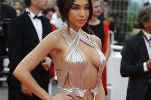 Chiêu hở bạo, giả té ngã của mỹ nhân trên thảm đỏ Cannes 71