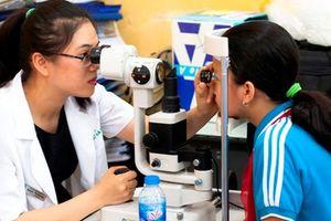 Có tới 36 triệu người Việt Nam mắc các tật khúc xạ