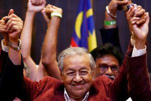 Bầu cử Malaysia: Liên minh đối lập giành thắng lợi lịch sử