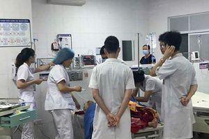 Đang điều tra nghi án chồng chém vợ nhiều nhát ở Phú Thọ