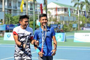 Hoàng Nam/Văn Phương vào bán kết đôi nam quần vợt nhà nghề Việt Nam F2 Futures